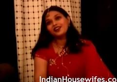 Indian Housewife Namrita Rani Sari Rapine Masturbation Porn