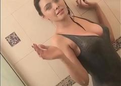 Bollywood actress Bath Shamelessly surpassing Camera
